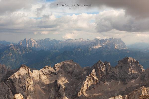 Le Pale di San Martino, oltre le cime della catena di Valfredda