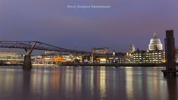 Vista serale sul Millennium Bridge