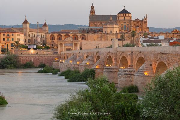 Alba sul Ponte Romano e sulla Mezquita